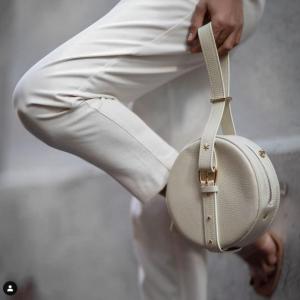 utiliser le sac à main en cuir tendance